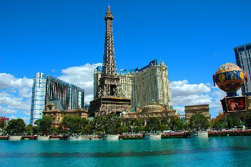 Paris Las Vegas Las Vegas, Nevada in Godzilla