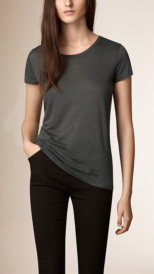 Linen T-Shirt by Burberry in Now You See Me 2