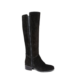 Pull-on Engineer Boots by Steve Madden  in The Bachelorette