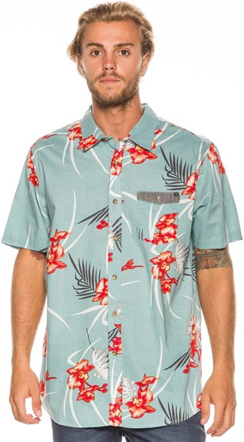 Redrum Shirt by Rip Curl in New Girl - Season 5 Episode 2