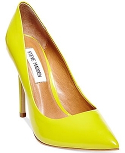 Women's Proto Pumps by Steve Madden in The Mindy Project