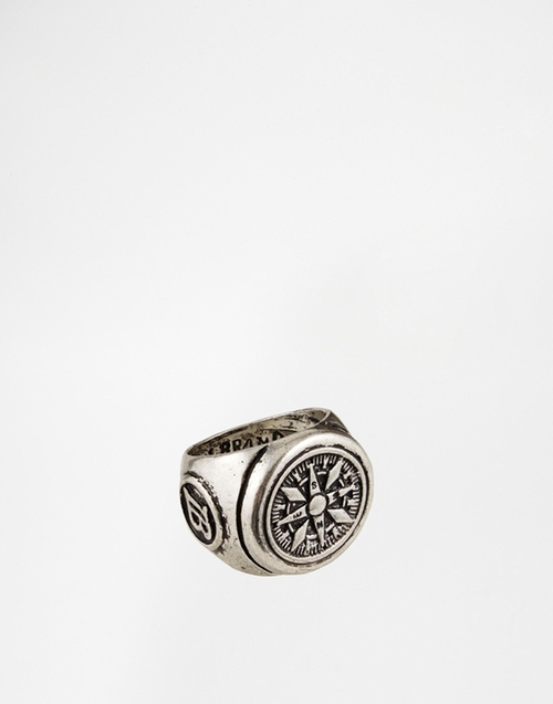 Columbus Ring by Icon Brand in Daddy's Home