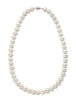 Freshwater Cultured Pearl Necklace by Pearl Paradise in How To Get Away With Murder