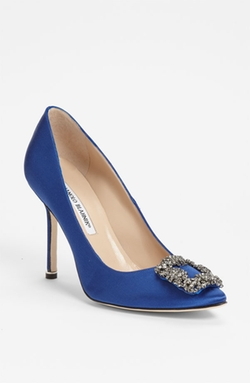 Hangisi Jeweled Pumps by Manolo Blahnik in Sex and the City