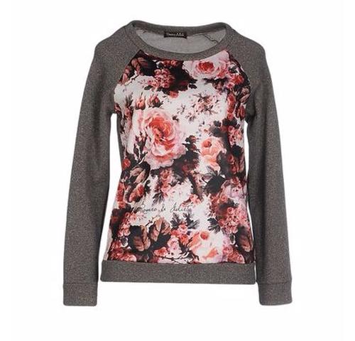 Floral Sweatshirt by Romeo & Julieta in Unbreakable Kimmy Schmidt - Season 2 Episode 3