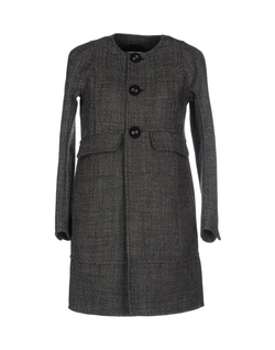 Collarless Coat by DSquared2 in The Blacklist