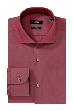 Spread Collar Dress Shirt by Boss in Ocean's Eleven
