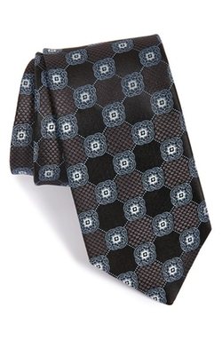 'Wolfe Medallion' Silk Tie by John W. Nordstrom in The Blacklist