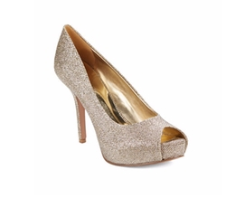 QTPie Peep Toe Pumps by Nine West in Sisters