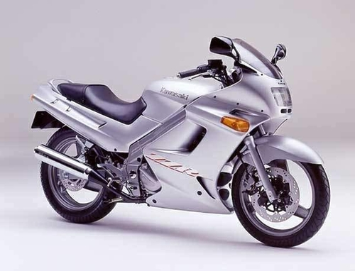 ZZR 250 Motorcycle by Kawasaki in Kill Bill: Vol. 1