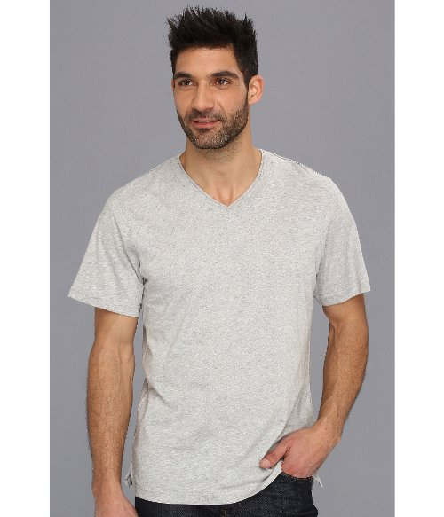 Heather V-Neck T-Shirt by Tommy Bahama in Begin Again