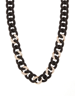 Chain-Link Collar Necklace by A.B.S. By Allen Schwartz in Confessions of a Shopaholic