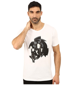 Dull Skull Graphic Shirt by Hugo in Pretty Little Liars