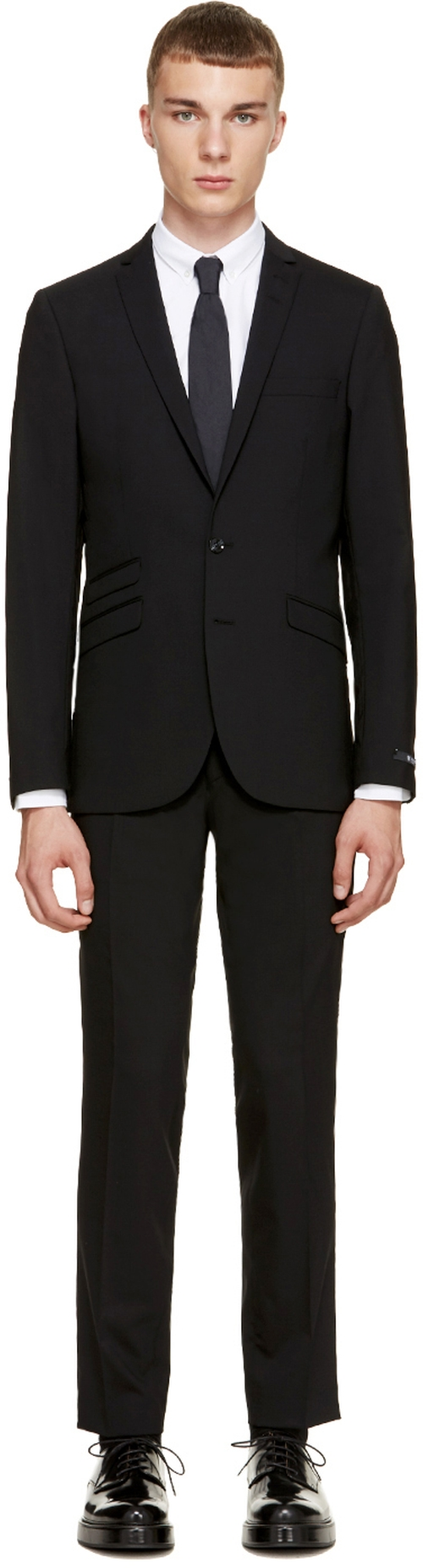 Black Nedvin Suit by Tiger Of Sweden in Jessica Jones