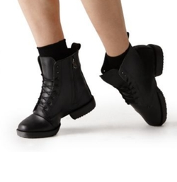 Militaire Boots by Bloch in Pitch Perfect 3