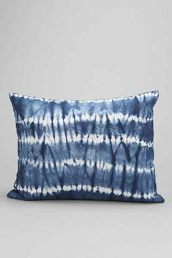 Magical Thinking Crazy Tie-Dye Pillow by Urban Outfitters in Insidious: Chapter 3