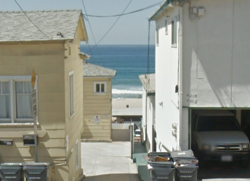 4210 Ocean Drive Manhattan Beach, California in Inherent Vice