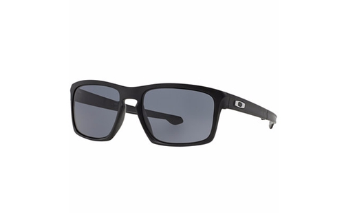 Polarized Sunglasses by Oakley in Jack Reacher: Never Go Back
