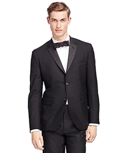 Black Fleece Wool Tuxedo by Brooks Brothers in Pitch Perfect 2