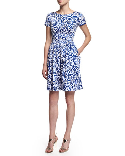 Short-Sleeve Printed Dress by Oscar De La Renta in The Good Wife - Season 7 Episode 2
