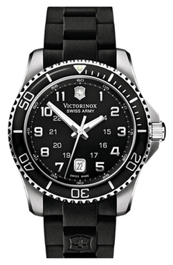 'Maverick GS' Rubber Strap Watch by Victorinox Swiss Army in Secret in Their Eyes