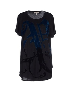 T-Shirt by Emilio Pucci in The Walk