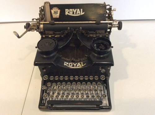 No.10 Typewriter by Royal in Atonement
