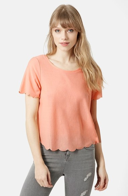 Scallop Frill Tee by Topshop in Jane the Virgin