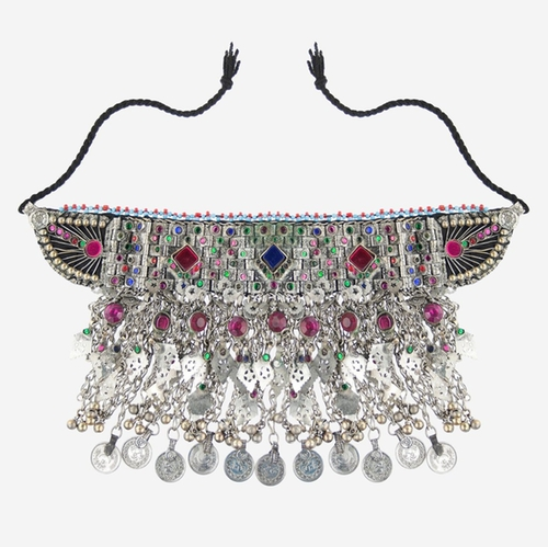 Jewelled Choker Necklace by Enora in Keeping Up With The Kardashians - Season 12 Episode 13