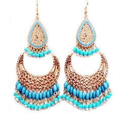 Beaded Indian Style Chandelier Earrings by Jewelry 11 in Pitch Perfect 2