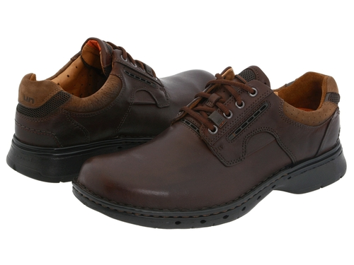 Un. Ravel Oxford Shoes by Clarks in Blackhat