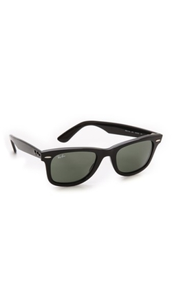 Original Wayfarer Sunglasses by Ray-Ban in The Flash
