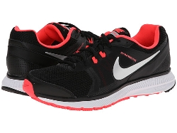 Zoom Winflo Shoes by Nike in Southpaw