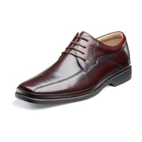 Gritti Wingtip Shoes by Mezlan in Crazy, Stupid, Love.