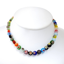 Round Beads Necklace by Chuvora in Fuller House
