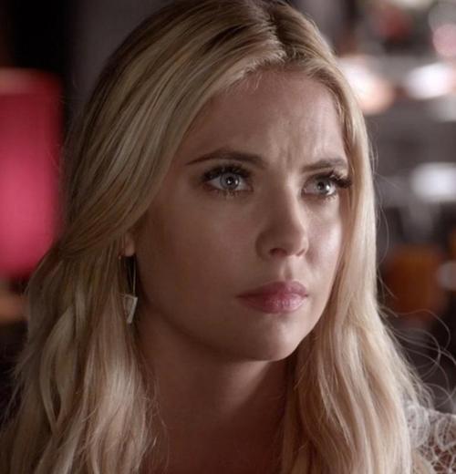Triple Triangle Earrings by Natacha Nay in Pretty Little Liars - Season 6 Episode 16
