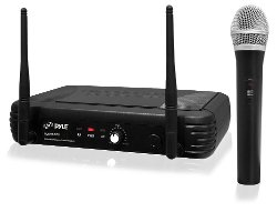 Wireless Handheld Microphone System by Pyle Pro in Pitch Perfect 2