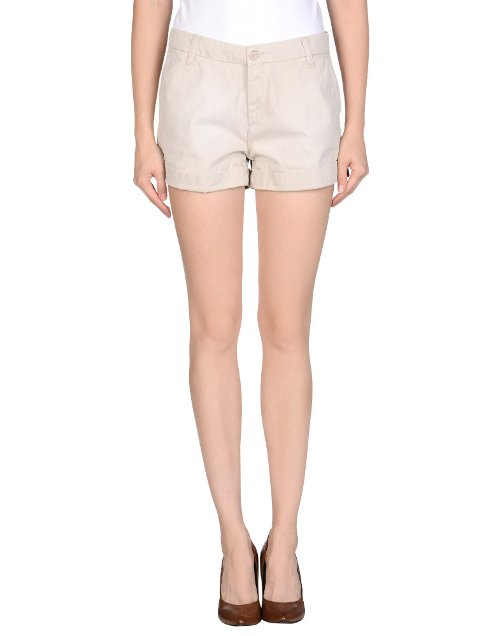 Mid Rise Denim Shorts by Carhartt in Pitch Perfect 2