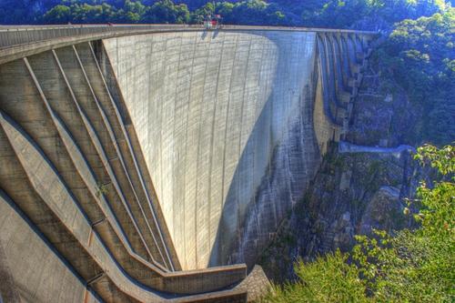 Contra Dam Ticino, Switzerland in GoldenEye