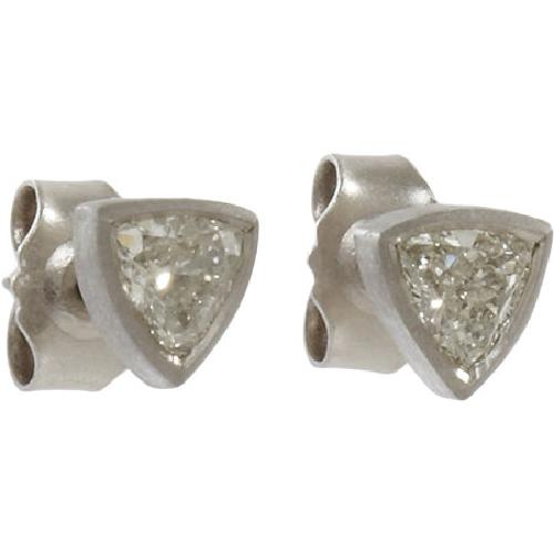 Trillion Cut Diamond Stud Earrings by MALCOLM BETTS in Iron Man 3