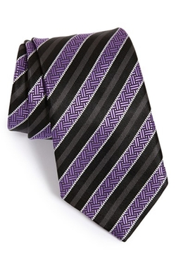 Textured Stripe Silk Tie by Ermenegildo Zegna in Brooklyn Nine-Nine