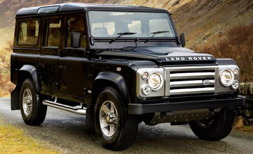Defender 110 Station Wagon by LAND ROVER in Dawn of the Planet of the Apes