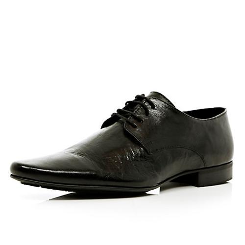 Black Leather Pointed Shoes by River Island in Lee Daniels' The Butler
