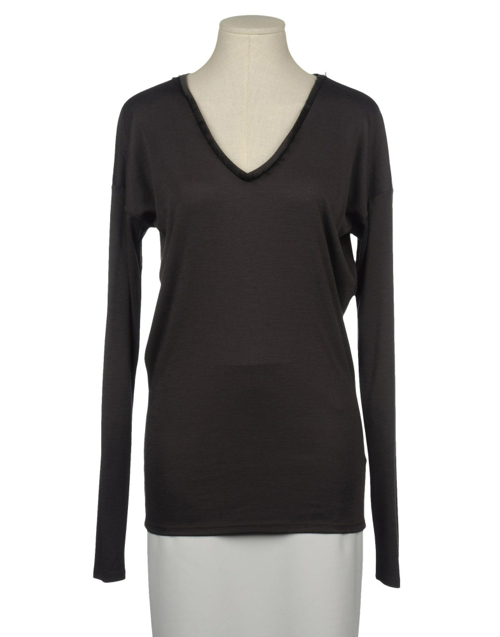 Long Sleeve Sweater by Ainos in Crazy, Stupid, Love.