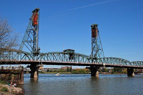 Hawthorne Bridge Portland, Oregon in If I Stay