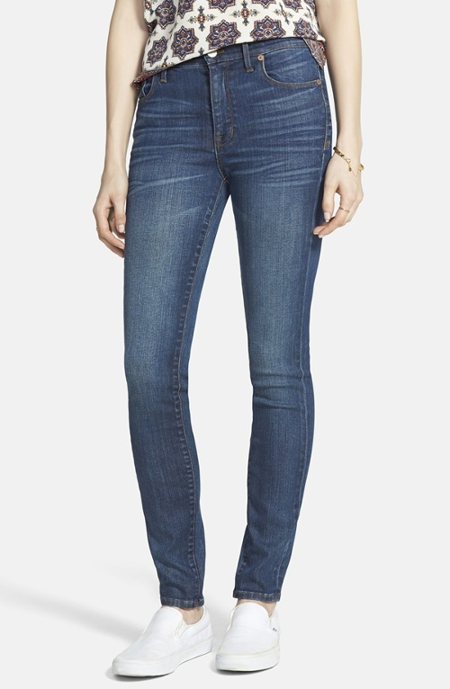 High Rise Skinny Jeans by Madewell in Barely Lethal