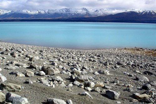 Lake Pukaki (Depicted as Shores Of Laketown) Canterbury, New Zealand (Depicted As Middle Earth) in The Hobbit: The Battle of The Five Armies