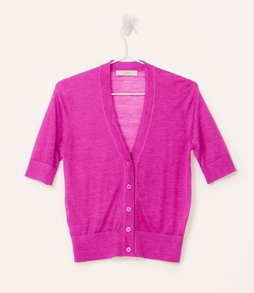 Sheer Short Sleeve Cardigan by Loft in The Big Bang Theory - Season 9 Episode 2