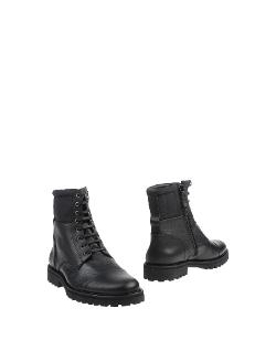 Ankle Boot by Royal Republiq in The Expendables 3