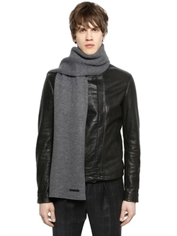 Wool Blend Knit Scarf by Emporio Armani in The Hateful Eight